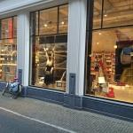 Studenten Akademie Vogue etaleren Scheltema Amsterdam